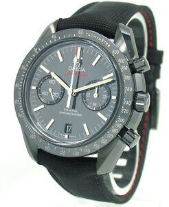 Omega-Speedmaster-Black-Dark-Side-of-the-Moon-Moonwatch-NEU-mit-Box-Papiere
