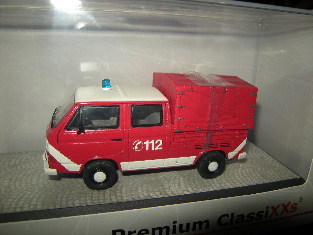 1 43 Premium ClassiXXs VW T3a Doppelkabine Feuerwehr Nr. 11529 Limited Edition     Neuer Markt