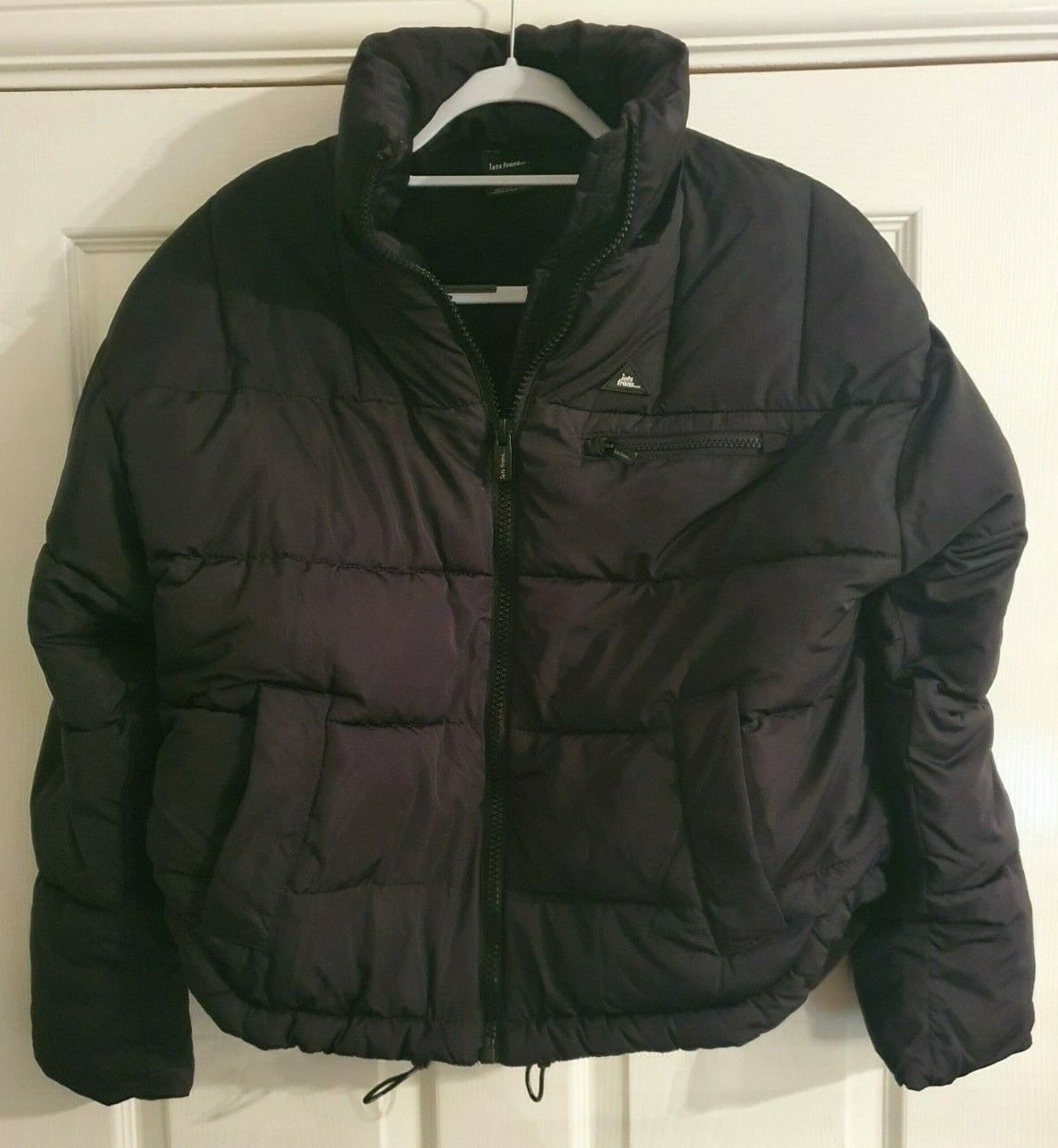 UO IETS FRANS WOMENS Hooded Puffer Jacket BLACK SIZE XS NEW FREE UK P&P