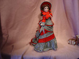 Lawton-Porcelain-Wood-Jointed-16-Fashion-Lady-Doll-Guilded-Age-Doll-MIB