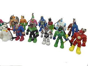 DC-Super-Friends-Danglers-Charms-Batman-Robin-Superman-amp-More-Collect-them-all