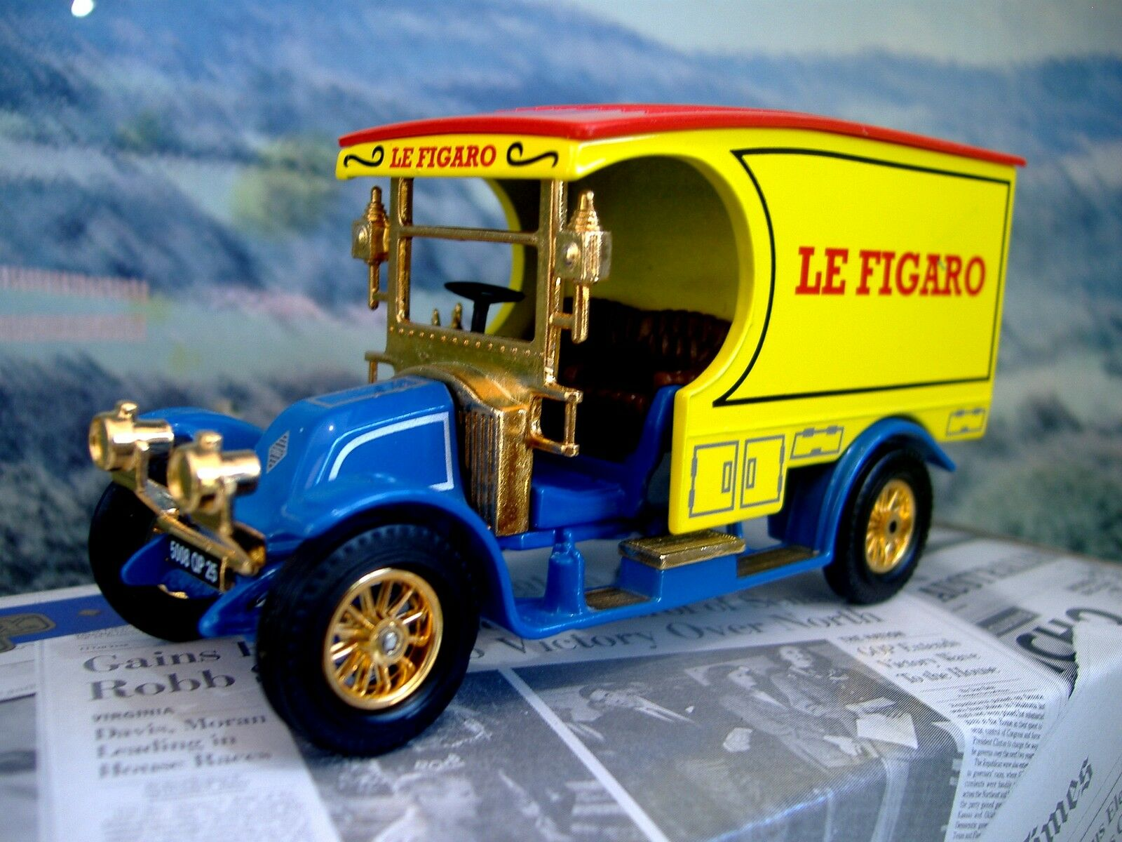Matchbox  Power of Press   Renault AG 1910    Le Figaro