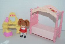 Fisher Price Loving Family Holiday Home Girl Doll Canopy Bed Vanity Set 4 pc set