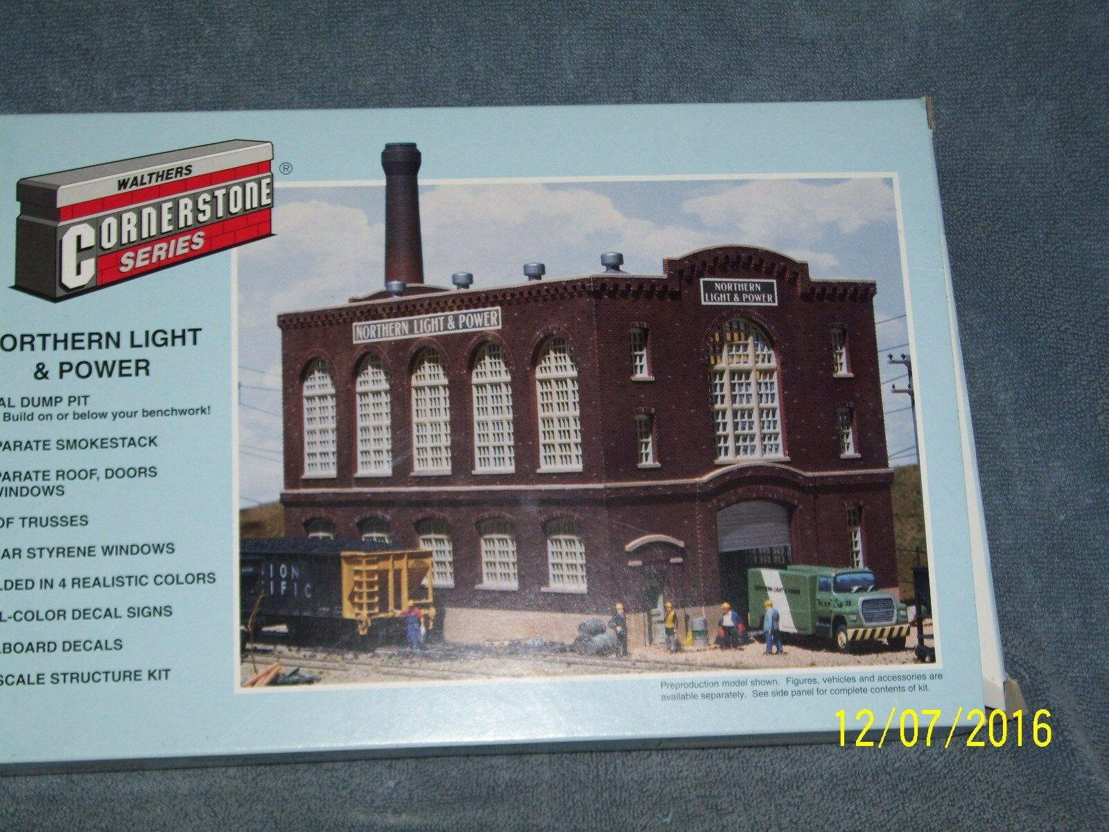 WALTHERS CORNERSTONE SERIES HO SCALE  933-3021 NORTHERN POWER AND LIGHT