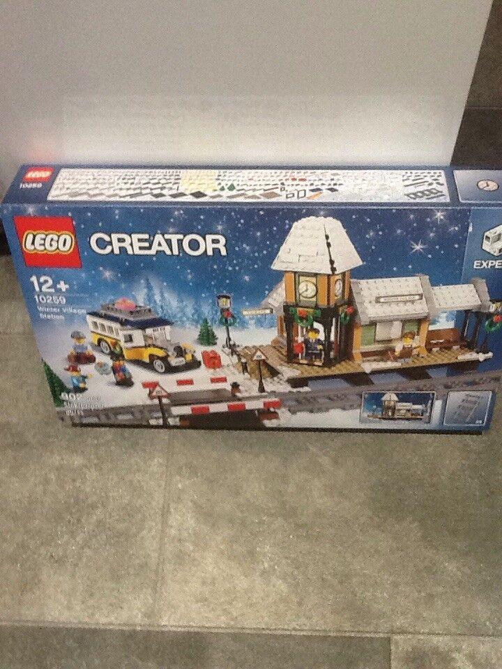 Nouveau Lego  10259 Creator Expert Village Hivernal Station