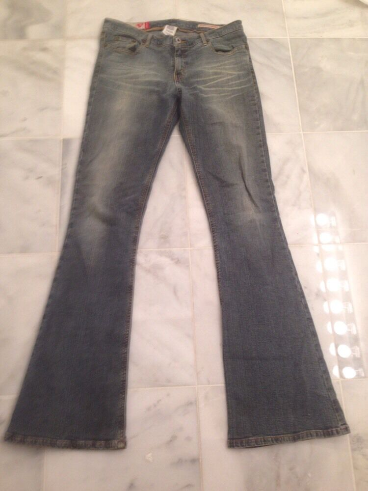 GUESS Denim Stretch Cotton Blend bluee Flare Jeans Size 29