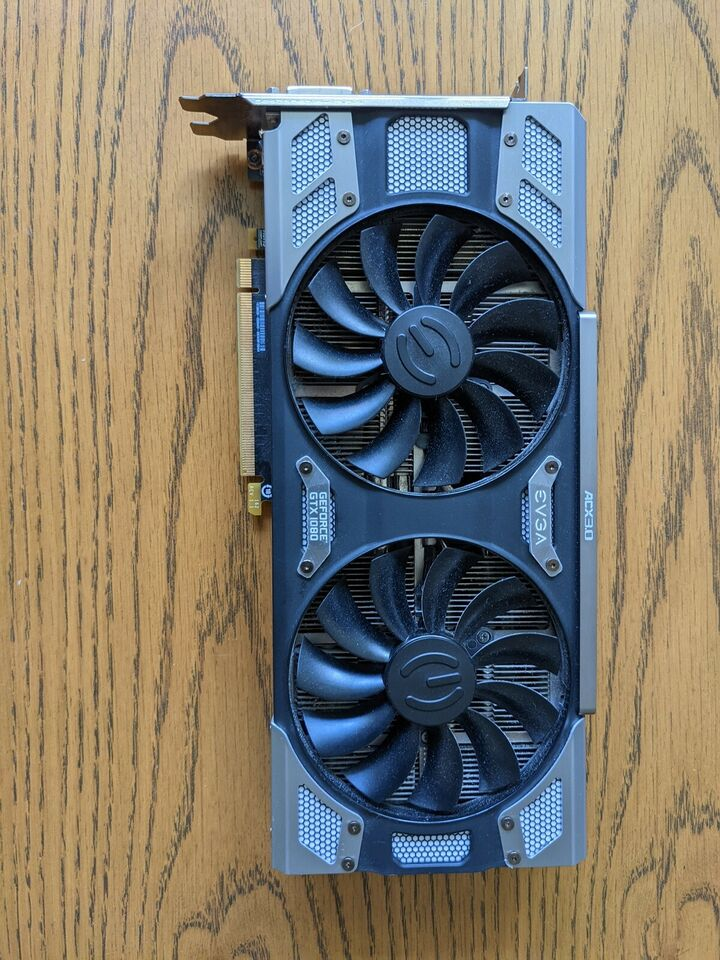 GTX 1080 EVGA, 8 GB RAM, God