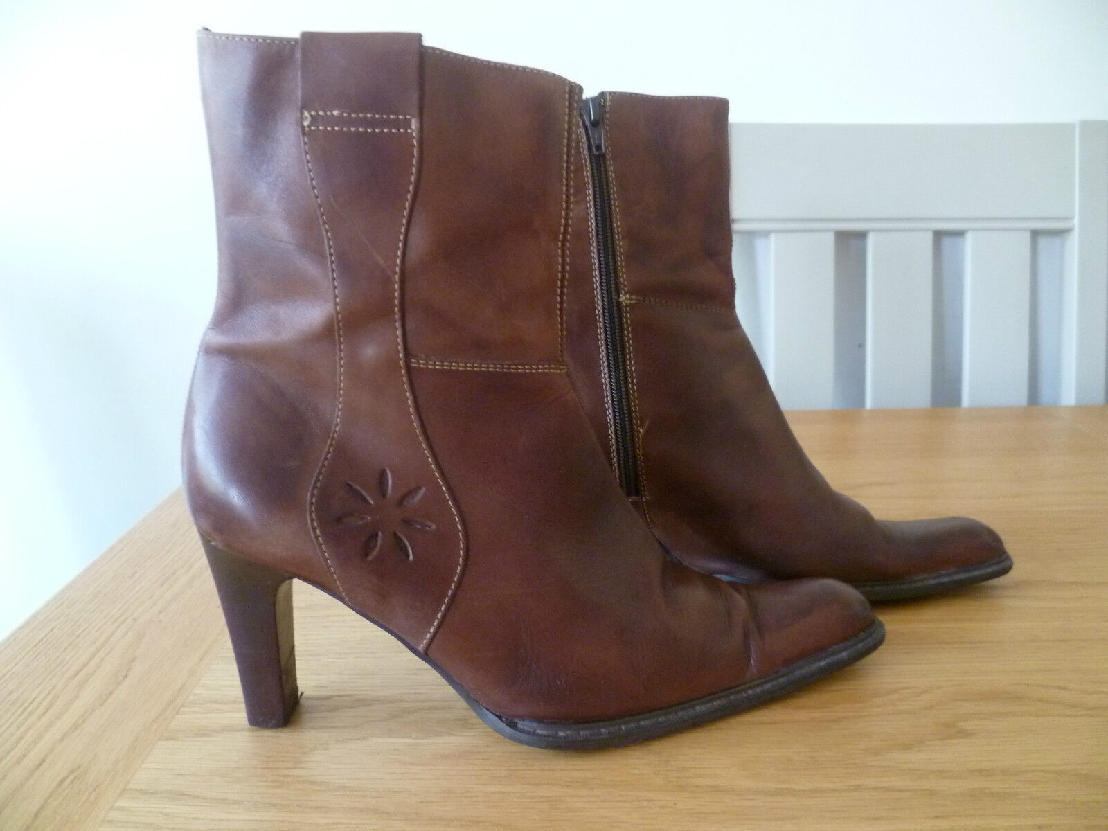 ZARA SIZE 41 UK7 LADIES BROWN ALL LEATHER ANKLE BOOTS 3.5  HEEL LEATHER LINED