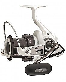 2 x Daiwa Shorecast 6000A Surf Reel