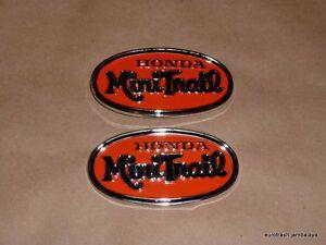 Honda-Z50-K2-Minitrail-Gas-Fuel-Tank-Oval-Emblem-Badge-SET-Pair-87121-045-000