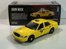 Ford Crown Victoria NYC taxi 2008 amarillo John Wick 2 coche modelo 1:43 GreenLight