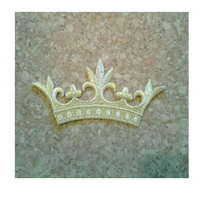 Crown W//5 Leaf Points Vestment-Embroidered Gold Rayon Iron On Applique Patch
