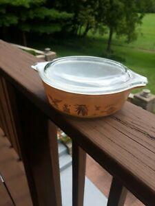 Vintage Pyrex Federal Eagle Casserole Pyrex Dish 034. 1 pt  Brown Gold with lid