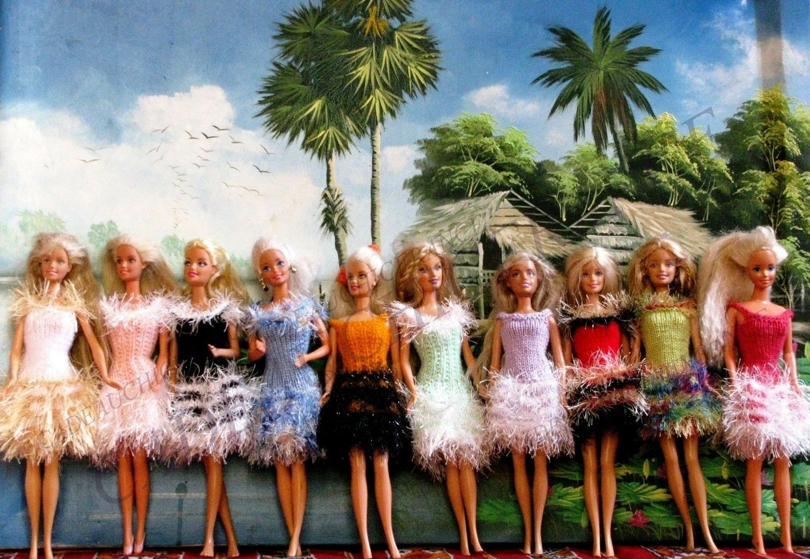 10 ROBES BARBIE HAWAI UNIQUES FAITES MAIN Noel CADEAU NOEL BARBIE  Creation