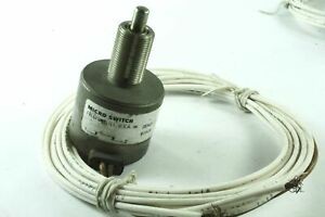New-MICROSWITCH-Cessna-Aircraft-Landing-Gear-Push-Switch