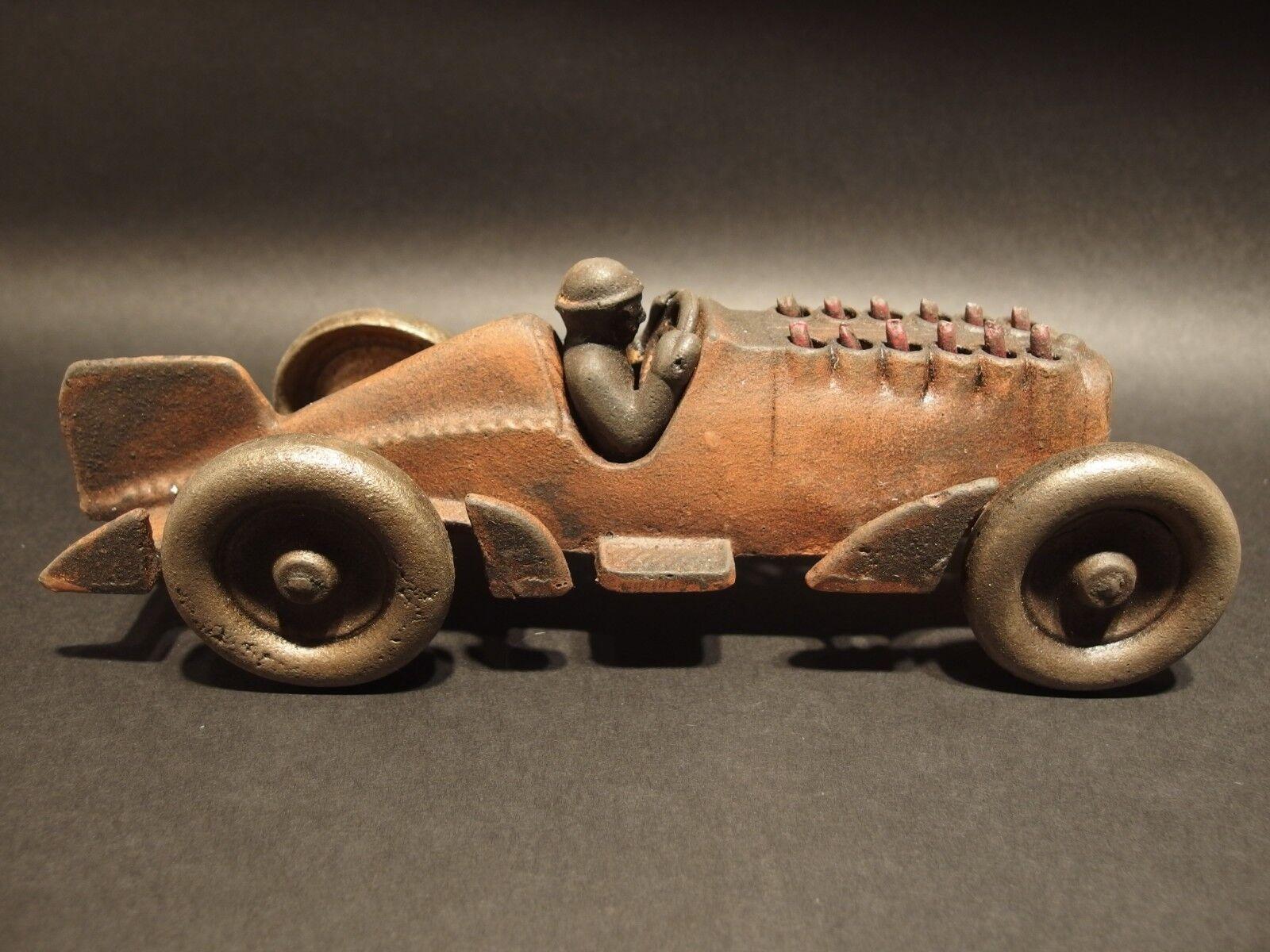 Estilo Vintage Antiguo Hierro Fundido Juguete Race Car con pistones móviles  Hubley