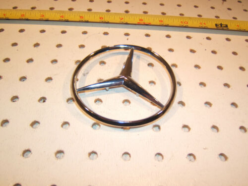Mercedes W201,190E,W124 300//400//500 E,D,C REAR plastic chrome GENUINE MBZ 1 Star