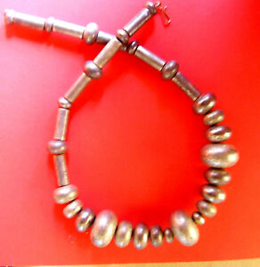 1809 / Collier Perles En Resine Argentee Vieillie Hp19rrdu-10124959-128775390