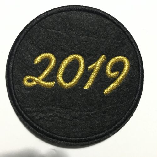 """2019 PATCH GOLD 3/""""x 3/"""" NEW YEAR"""