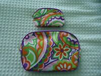 2 Piece Clinique Pop Art Abstract Floral Large & Small Cosmetic Bags