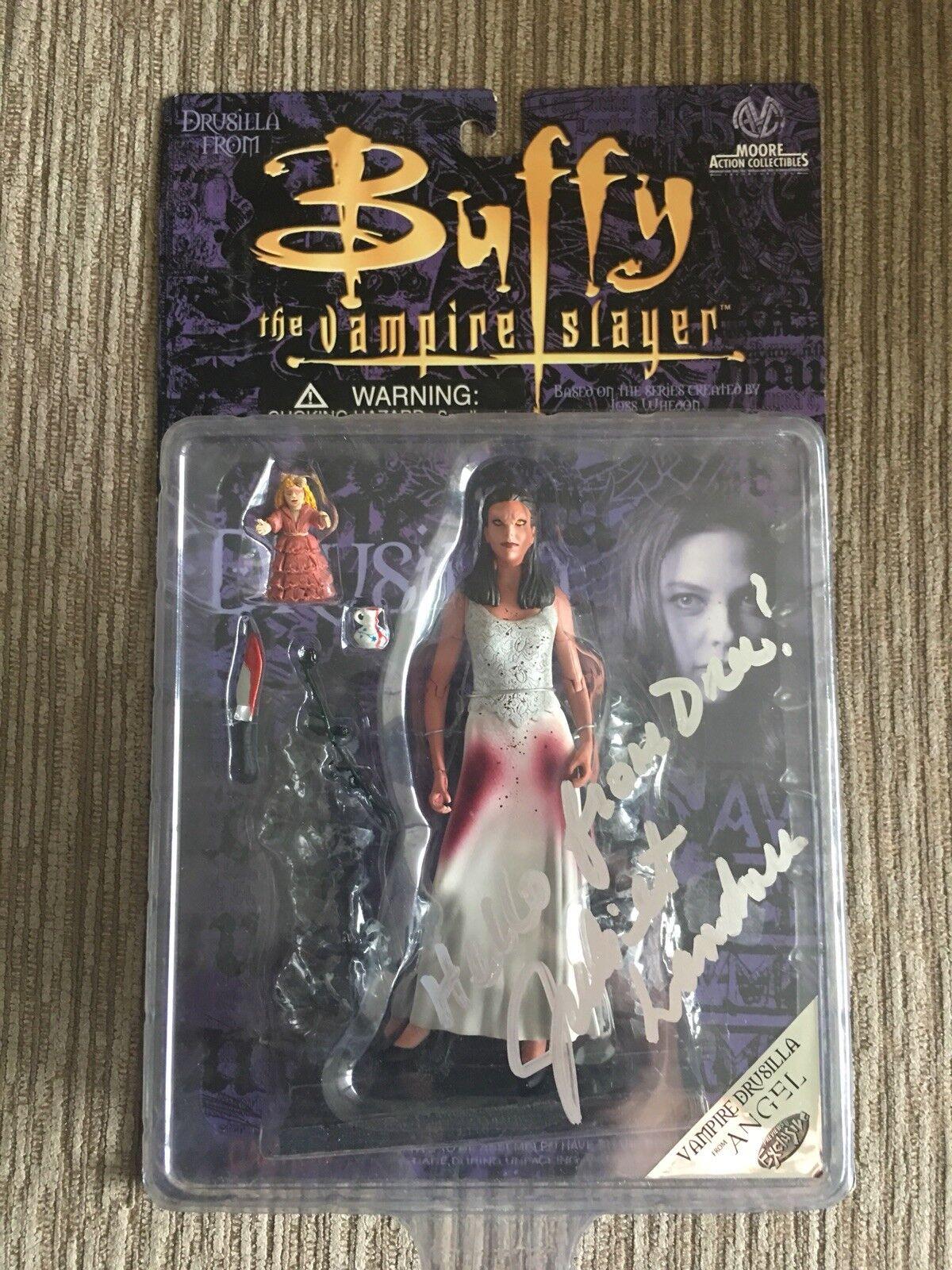 El asesino vampiro Buffy, el vampiro raro drussi Lamar, la firma de Julieta Randall.