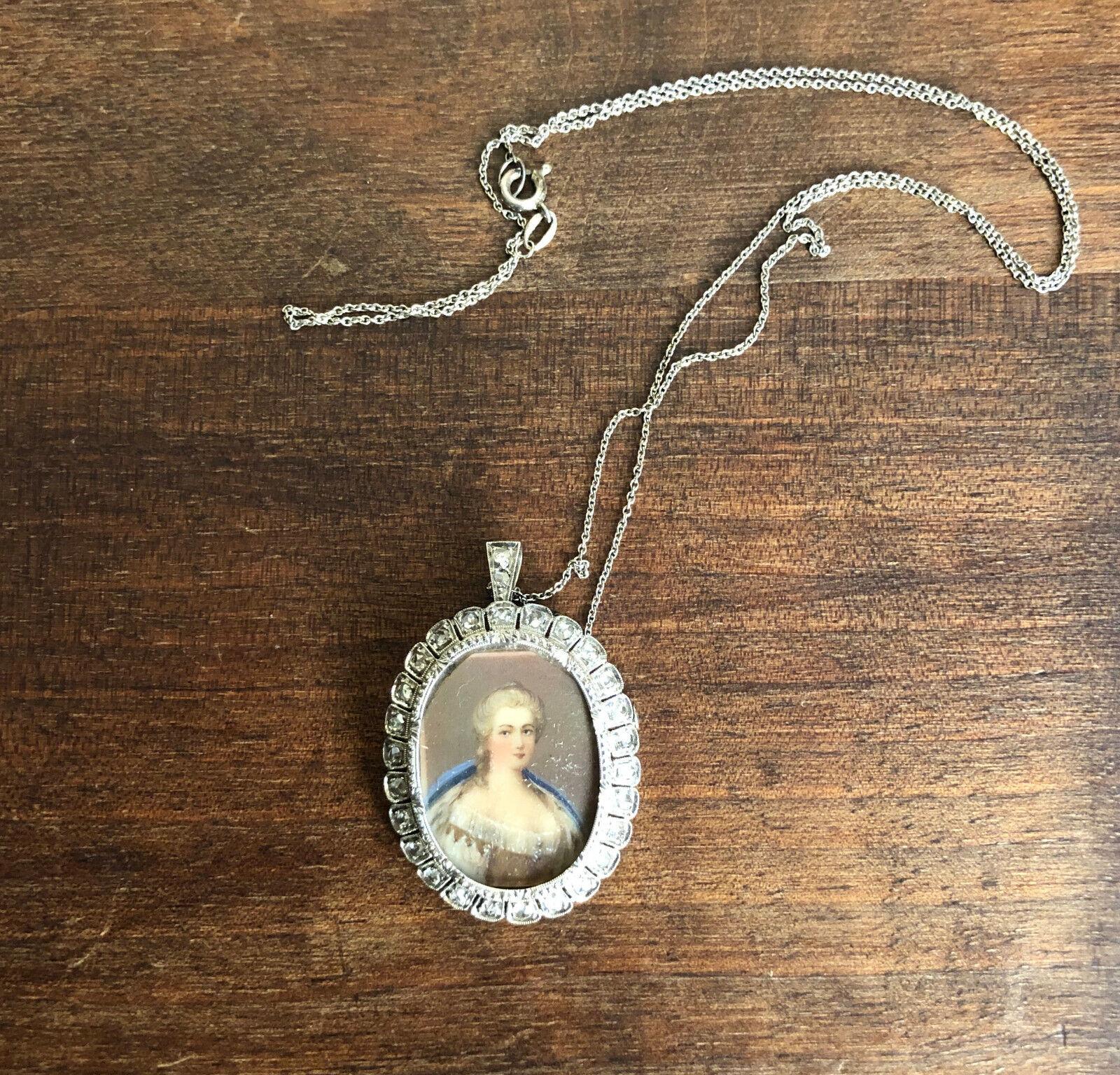Spilla e pendente con catenina in argentoo argentoo argentoo ventisei brillanti e miniatura dama e86233