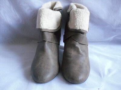 Para mujer New Look Marrón Sin Cordones Sintético Tacón Alto Botas al Tobillo talla:7/40 (WB727)