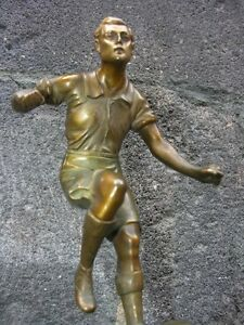 BRONZE-SPORTIF-FOOTBALL-VERS-1930