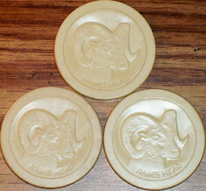 Old-Lot-3-RAM-HEAD-Embossed-Casino-Poker-Chips-Vintage-Antique-PA-RM-White-VG