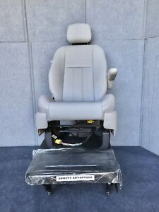 NEW-BraunAbility-Roll-Out-Lowered-Floor-Seat-Base-with-Chrysler-Minivan-Seat