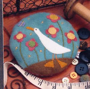 Pattern Gilroy Goose Pincushion Quick Easy Wool