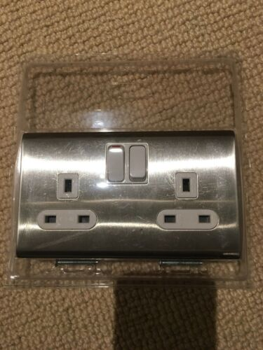 Screwless Brushed Chrome Satin 13a 2G Switched Socket