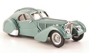 Bugatti Atlantic 57 SC 1938 Light Green Met.1:43 Model RIO4313 RIO