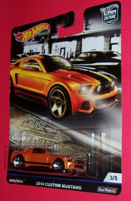 2019 Hot Wheels Car Culture Cruise Boulevard #3//5 2014 Custom Mustang