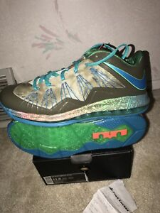 new concept 76113 2da32 Image is loading Nike-Air-Max-Lebron-X-Low-Reptile-Swamp-