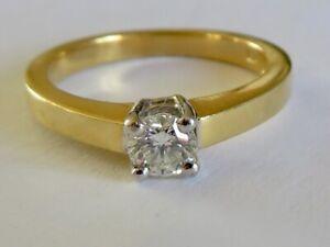BEAUTIFUL DIAMOND SOLITAIRE IN HEAVY 18K YELLOW GOLD
