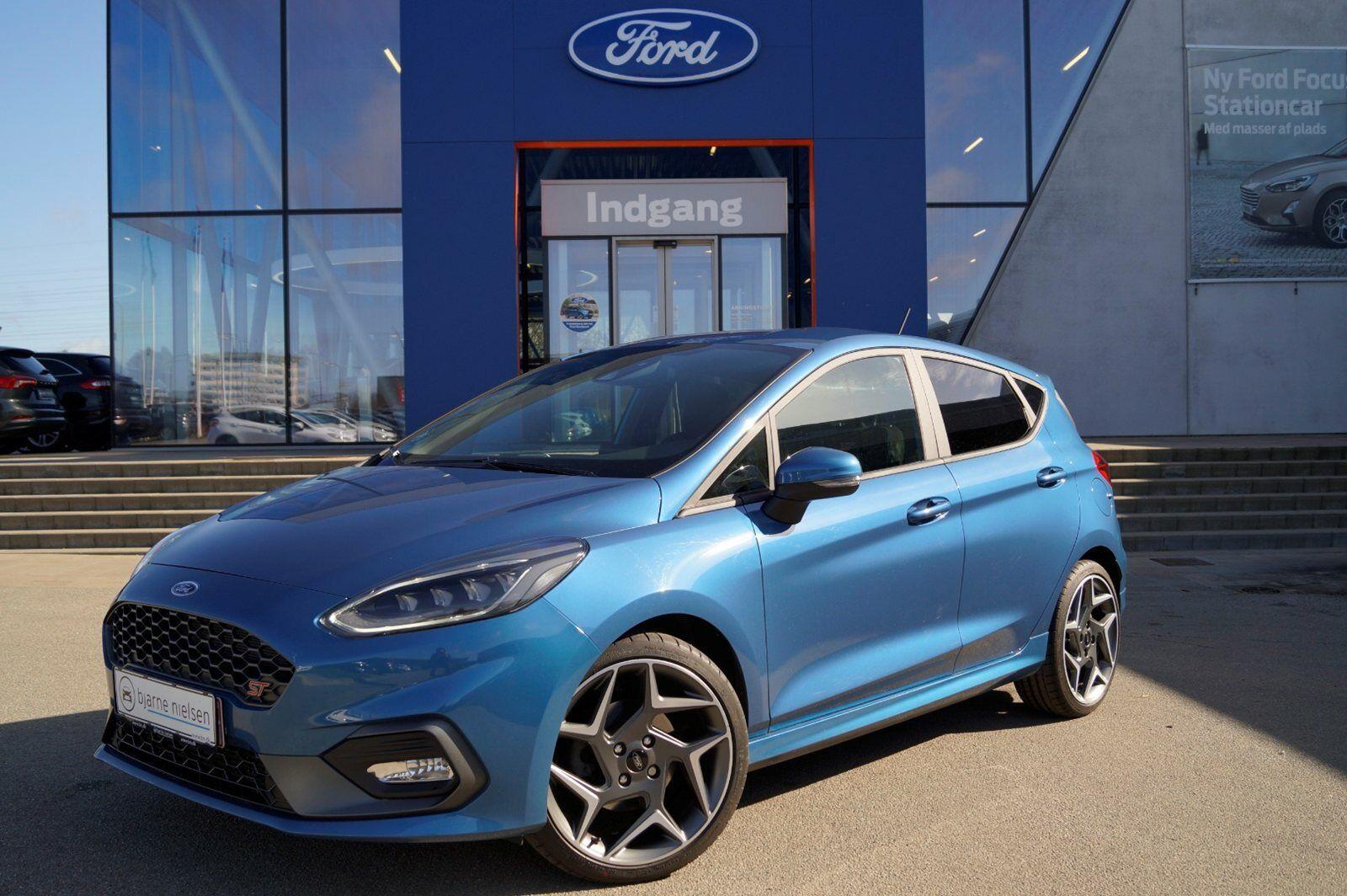 Ford Fiesta 1,5 SCTi 200 ST2 5d - 298.900 kr.