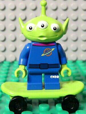 Lego Disney Toy Story 4 Movie 10769 RV Vacation SPACE ALIEN minifigure green guy