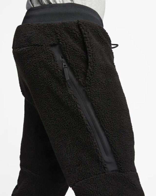 pantaloni sportivi nike sportswear