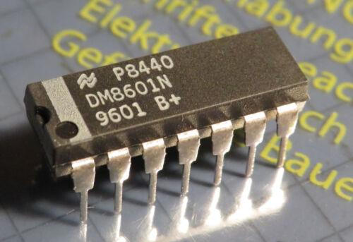 5x DM8601N Monostable Multivibrator =9601 National Semiconductor