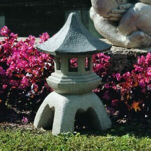 Buddhist Garden Statue Holds Light Chinese Sculpture Pagoda Outdoor 17 5 In Tall Ebay