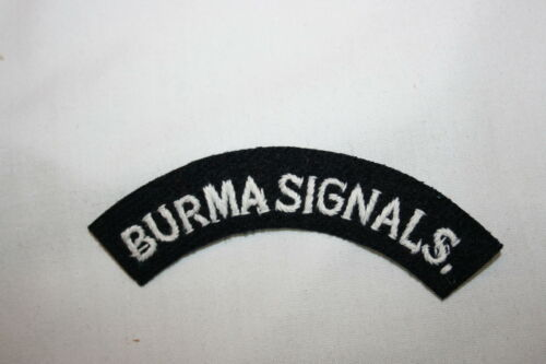 BURMA SIGNALS CLOTH SHOULDER TITLE/'S PAIR TITLES