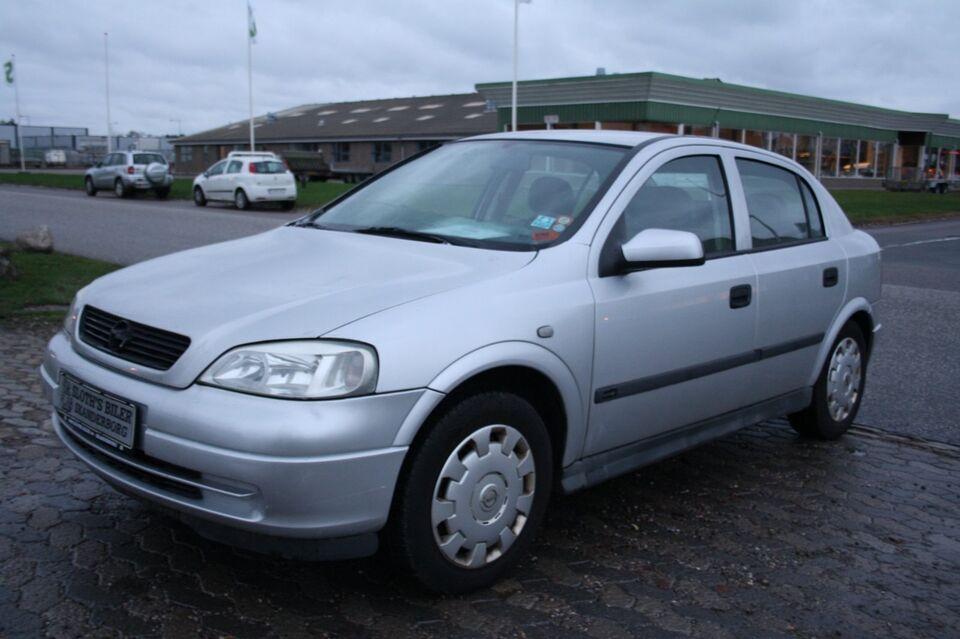 Opel Astra 1,6 Classic Comfort Benzin modelår 2004 km