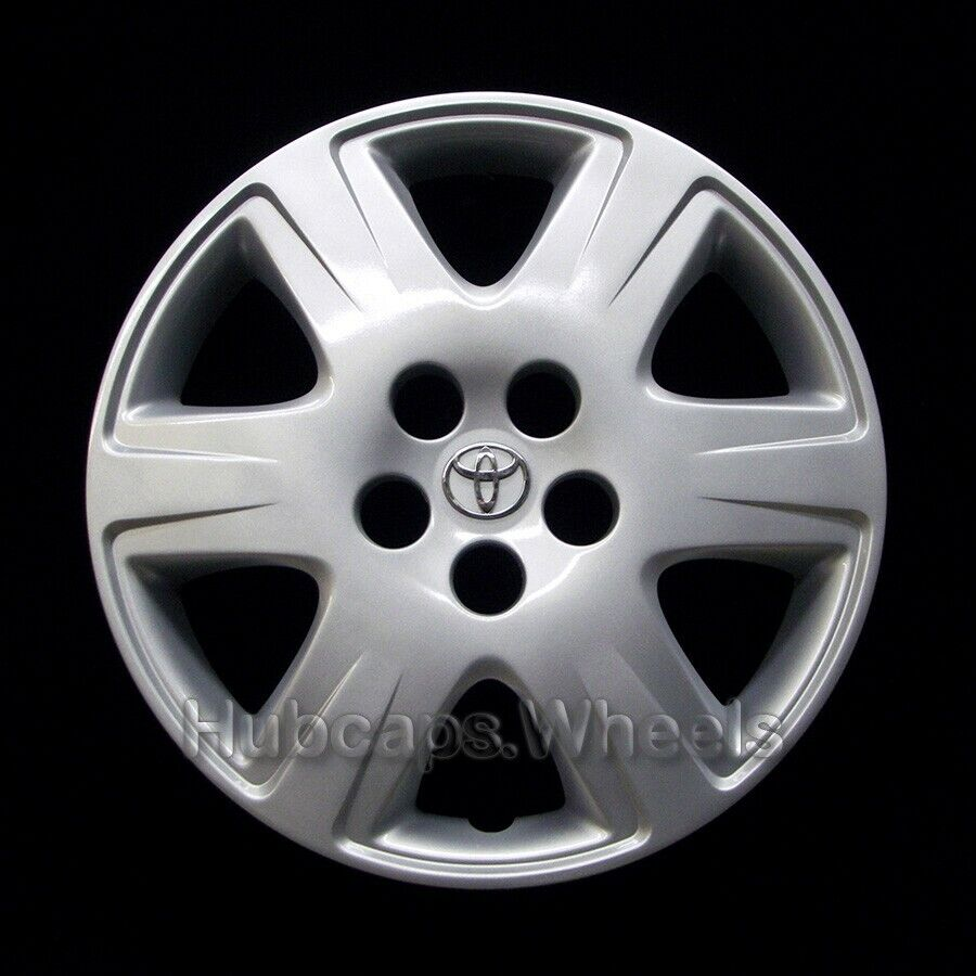 Hubcap for Toyota Corolla 2005-2008 - OEM Factory 15-in Wheel Cover Silver 61133