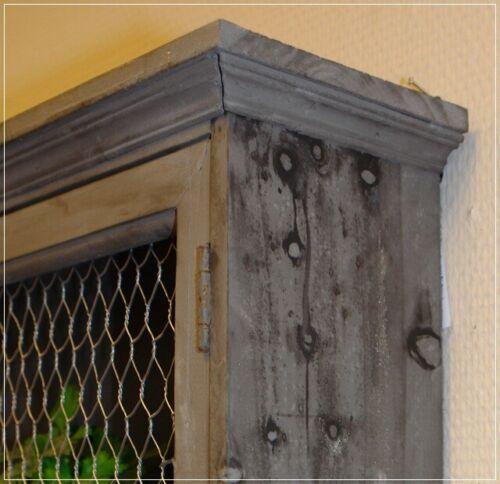 VINTAGE Wandschrank 3 Haken grau Holz mit DRAHTGEFLECHT türen USED-LOOK NEU