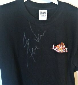 CARVIN-LEGACY-T-SHIRT-SIGNED-BY-STEVE-VAI-NEW-NEVER-WORN-FREE-POSTAGE