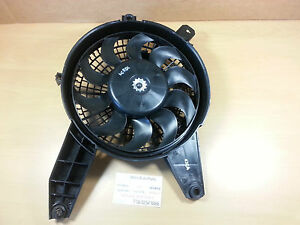 HYUNDAI-TERRACAN-2004-2006-GENUINE-BRAND-NEW-2-9L-LH-CONDENSER-FAN