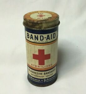 Vintage-Advertising-Band-Aid-Tin-JOHNSON-amp-JOHNSON-WATER-PROOF-VENTED-cdbd-tin