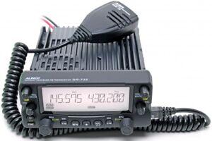 Amateurfunkgerät Duoband 144 / 430 Mhz -mit Flugfunkempfang In Am 108-136 Mhz Rx