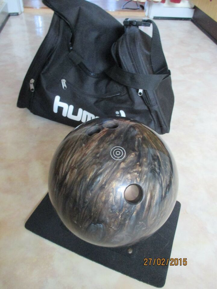 Bowlingkugle, MAXIM Ebonite